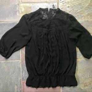 h and m blouse // small // black